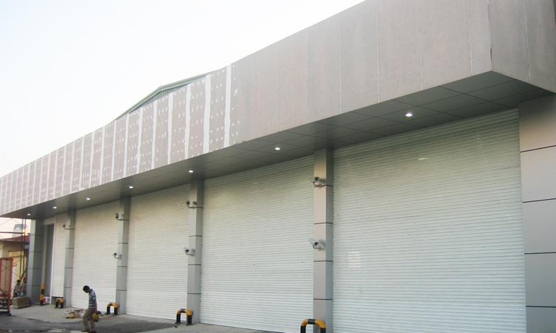 cua cuon dong nai siêu trường chịu được mọi thách thức của thời gian